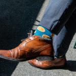 靴と靴下の工夫で足元にも涼感を
